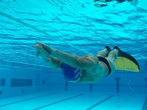 Ehuif for Aletas natacion piscina